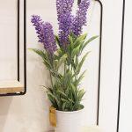 Maceta y flor de lavanda. DK Design.