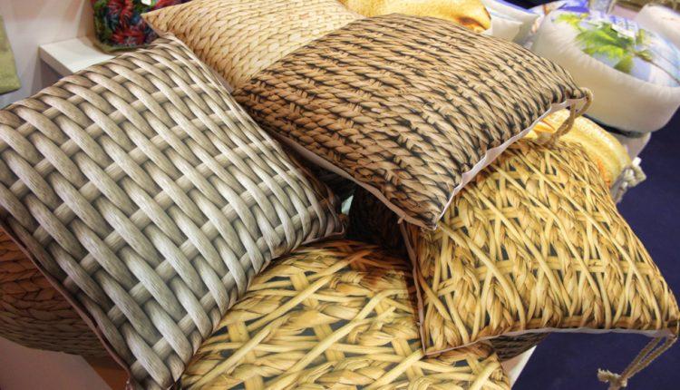 Almohadas estampadas de Arte Regal.